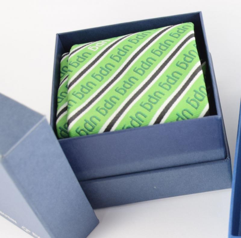 Косынки с логотипом, шарфы с лого, корпоративные аксессуары